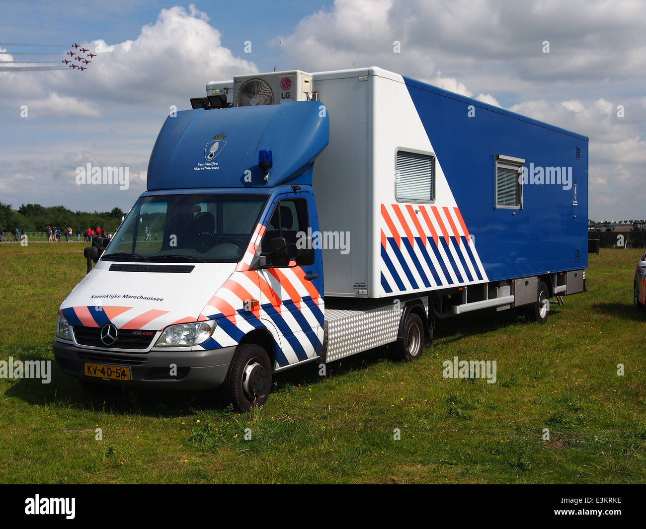 Koninklijke Marechaussee Mercedes 416CDI with trailer - Stock Image