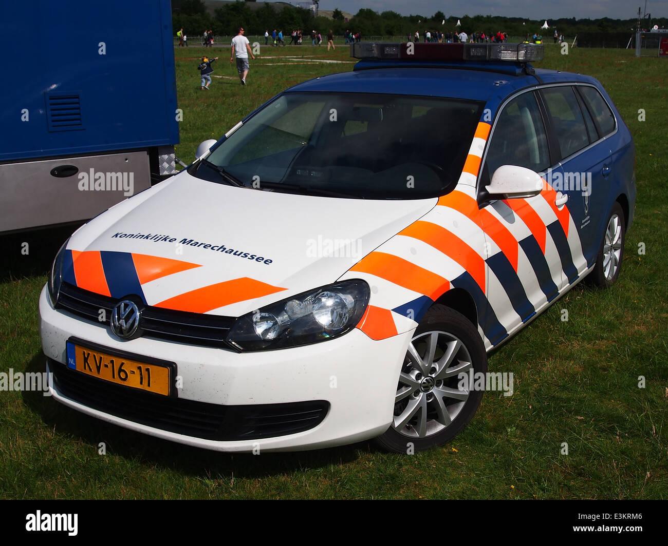 Koninklijke Marechaussee Volkswagen, pic2 - Stock Image