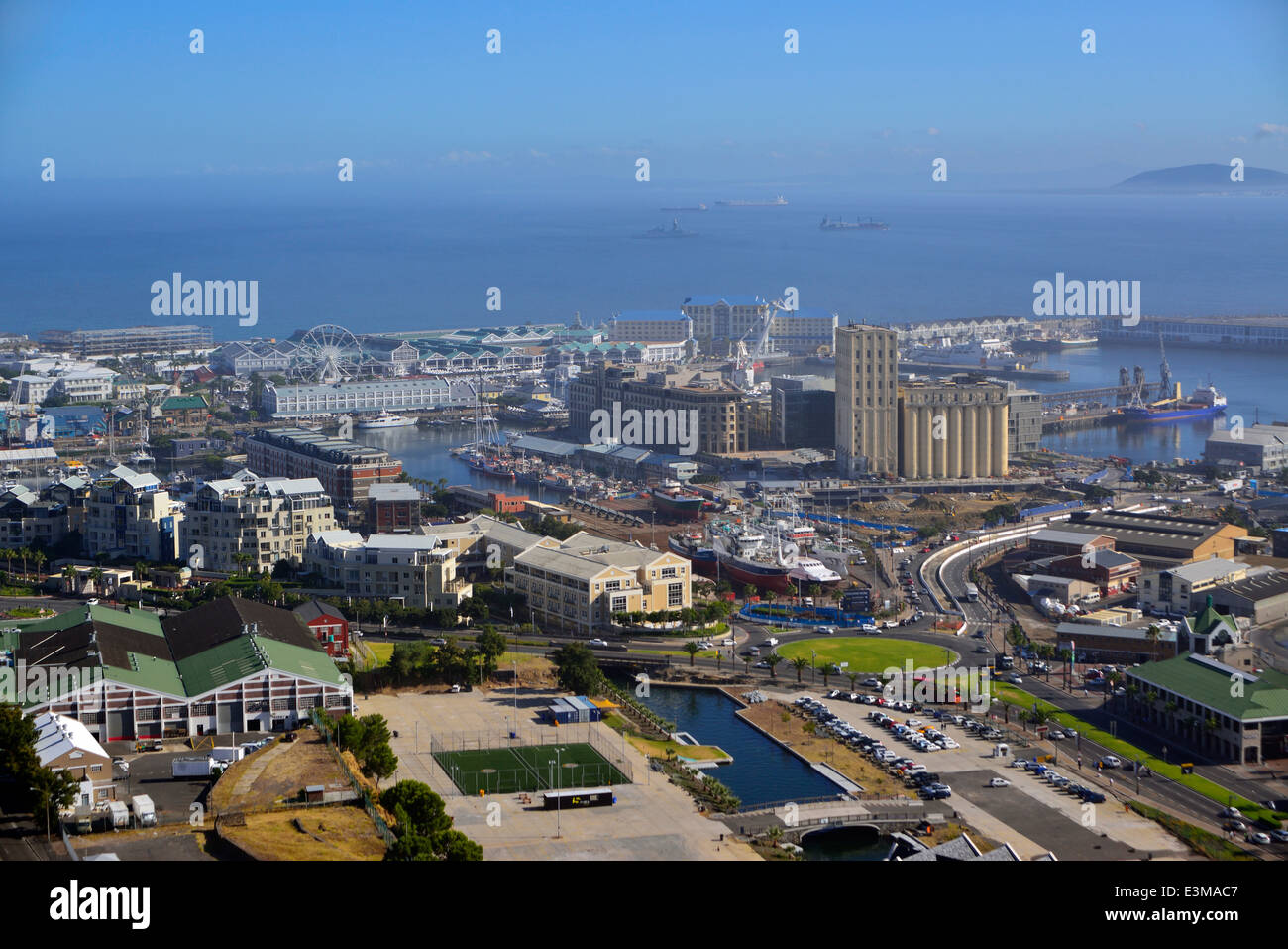 African Architecture & Buildings Atlantic Ocean Boats Buildings Built Structures Cape Peninsula Cape Town City - Stock Image