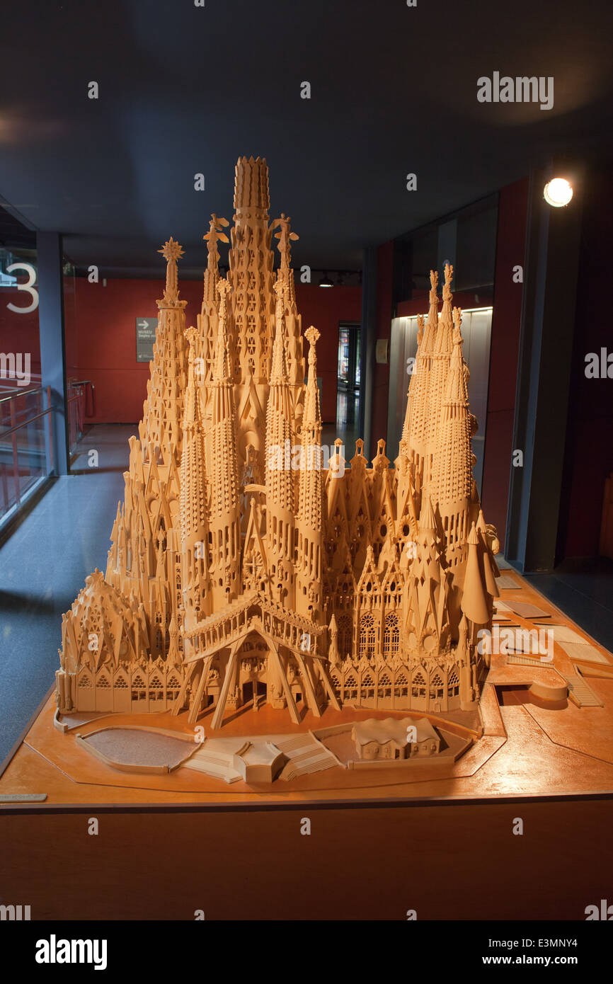 an introduction to the history of antonio gaudi Introduction: syllabus reading and general observations regarding the class a quick overview on the geography and history of spain, and the urban planning of barcelona session 2.