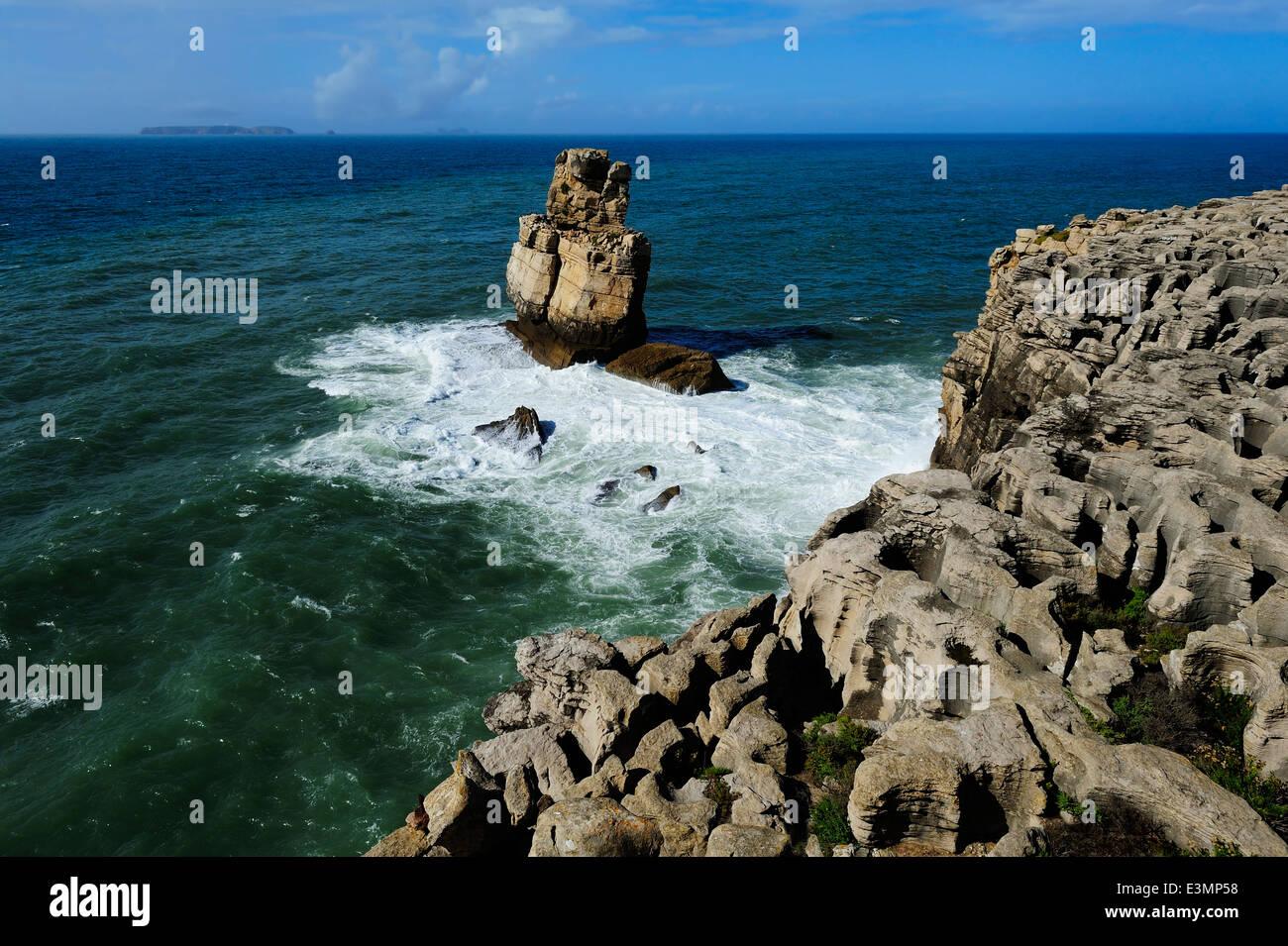 coast of the Atlantic ocean, Peniche, Portugal - Stock Image