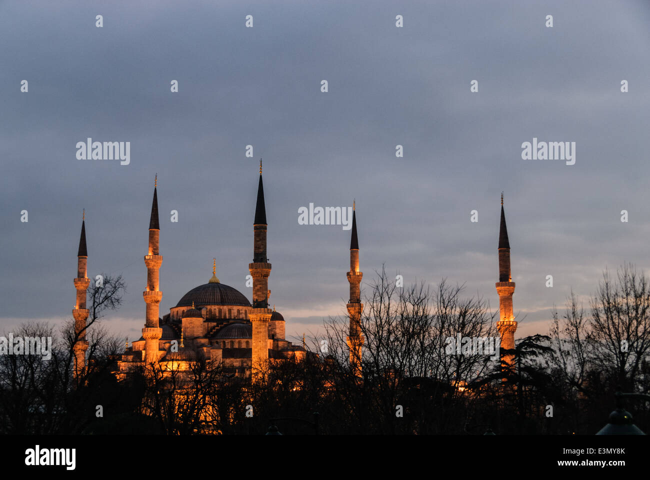 Blue mosque at dusk, Istambul, Turkey, Asia - Stock Image