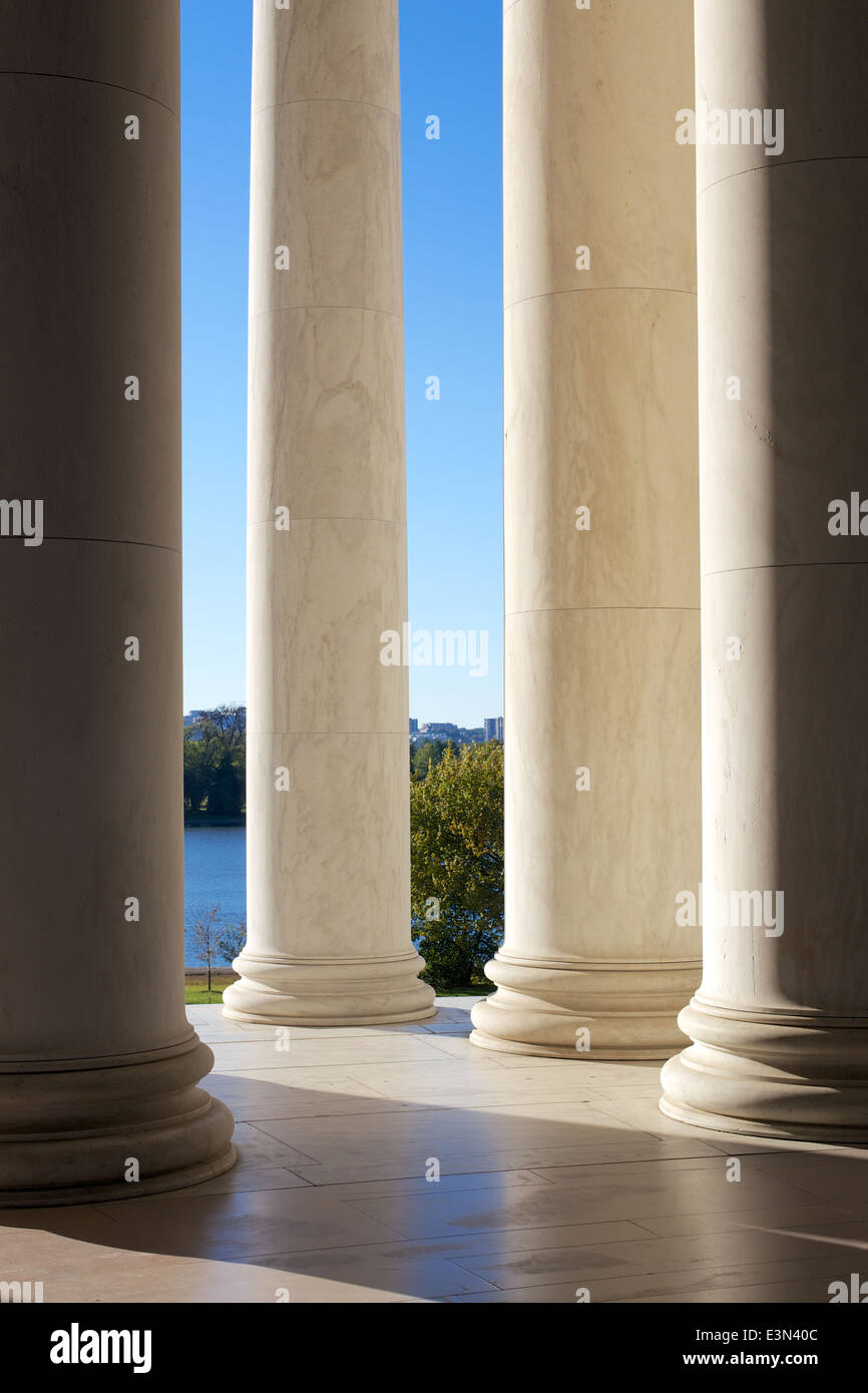 Colonnades at the Jefferson Memorial in Washington DC, USA. - Stock Image