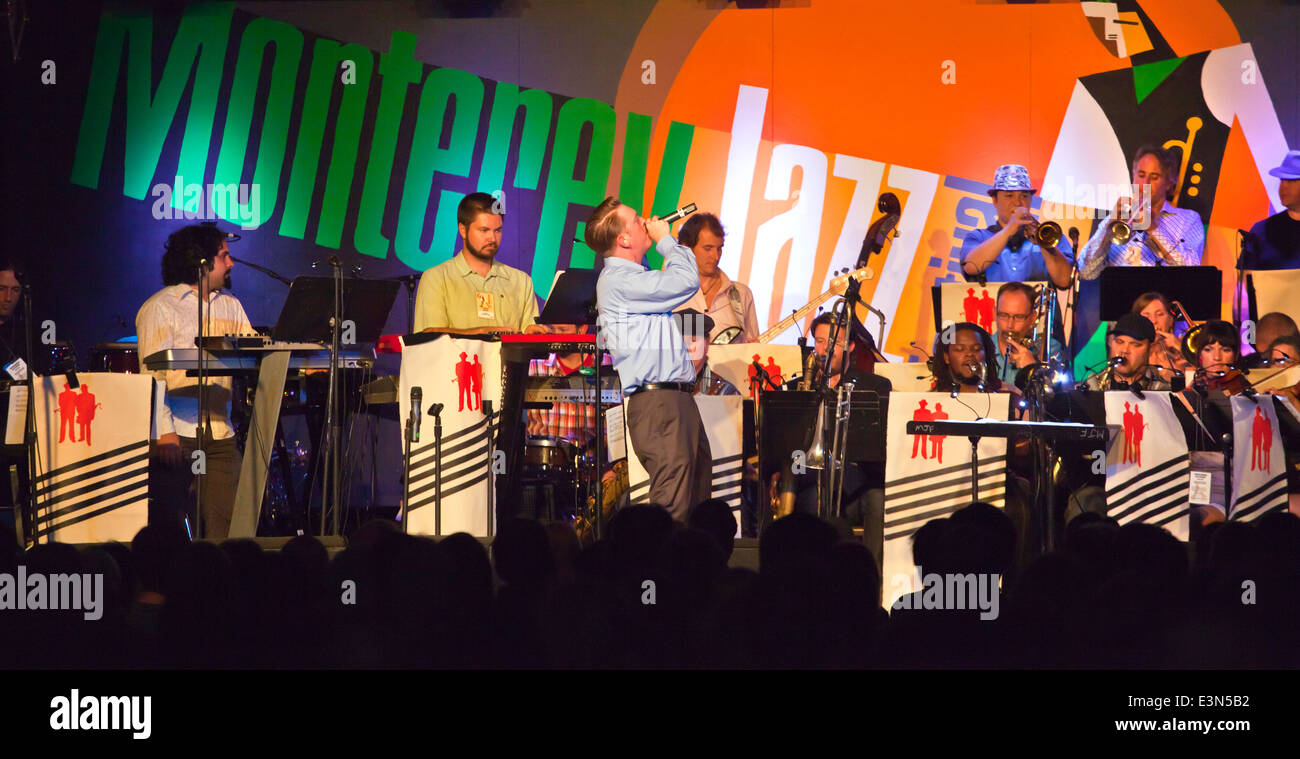 JAZZ MAFIAS BRASS BOWS AND BEATS preform in Dizzys Den - 2010 MONTEREY JAZZ FESTIVAL, CALIFORNIA - Stock Image