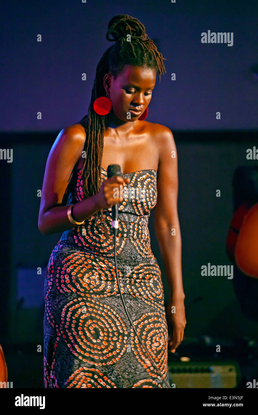 SOMI sings for an entranced crowd in Dizzys Den - 2010 MONTEREY JAZZ FESTIVAL, CALIFORNIA - Stock Image