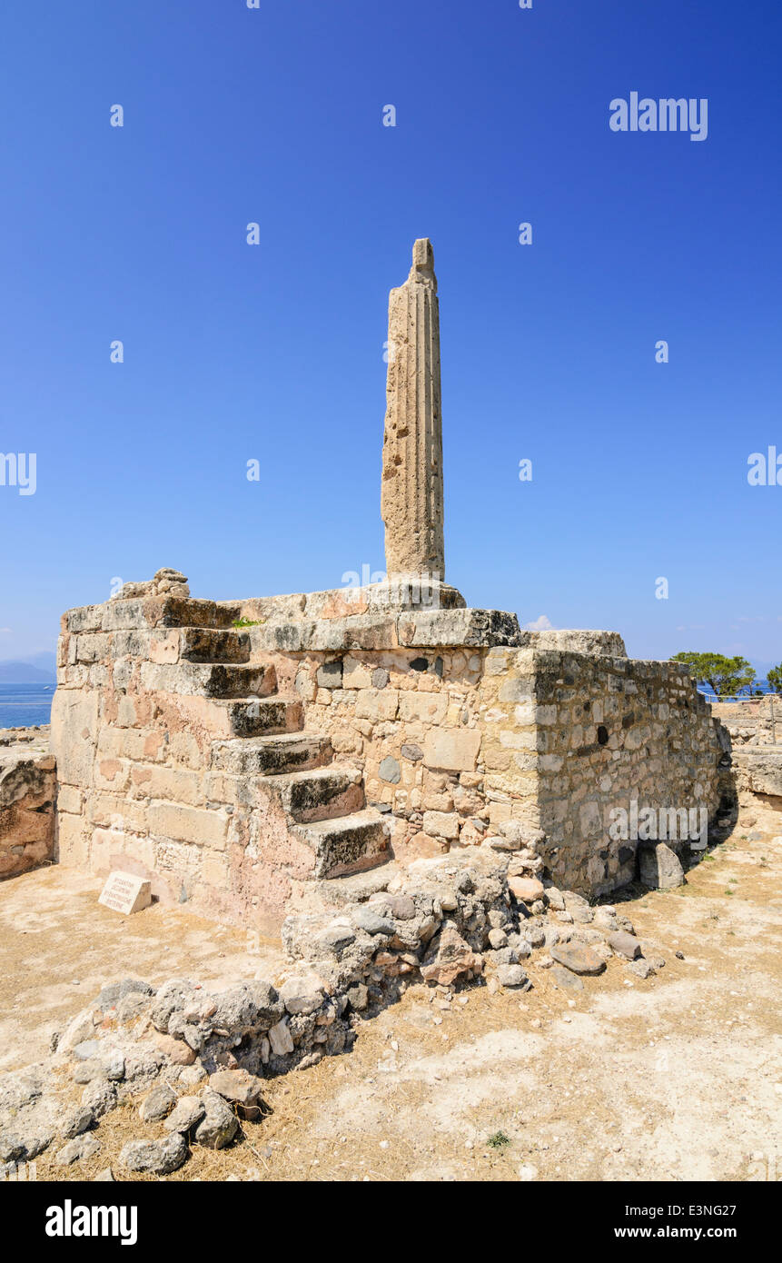 The Temple of Apollo ruins on the ancient site of the Hill of Koloni, Aegina Island, Greece - Stock Image