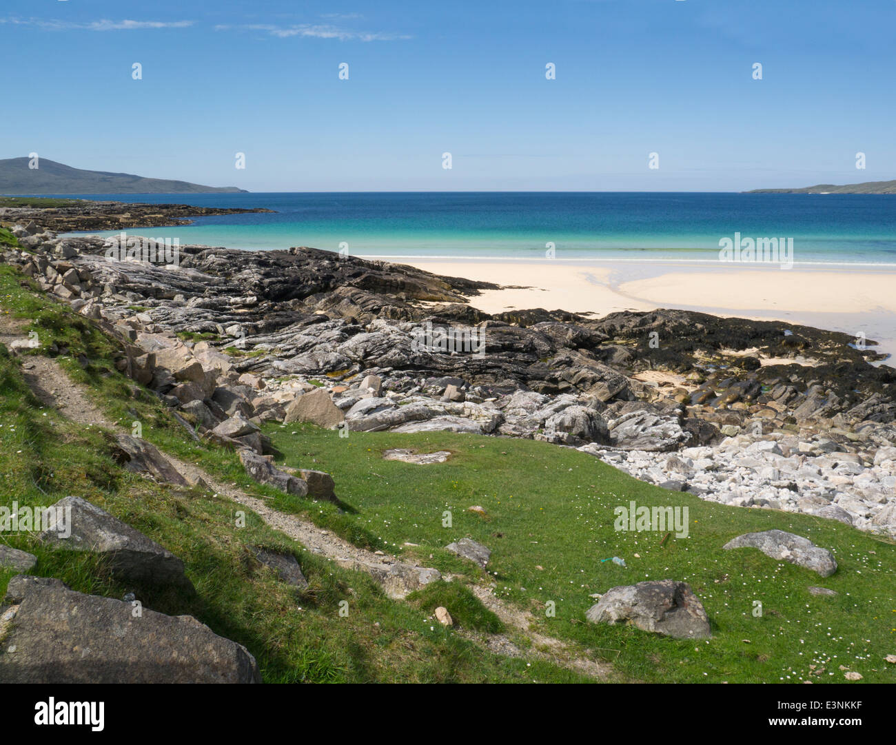 Long stretch white sand of Traigh Lar beach South Harris Outer Hebrides Western Isles - Stock Image