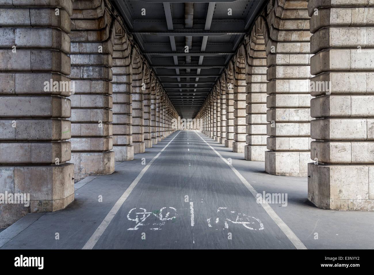 The empty bike lanes of the Bercy Bridge,Paris France. - Stock Image