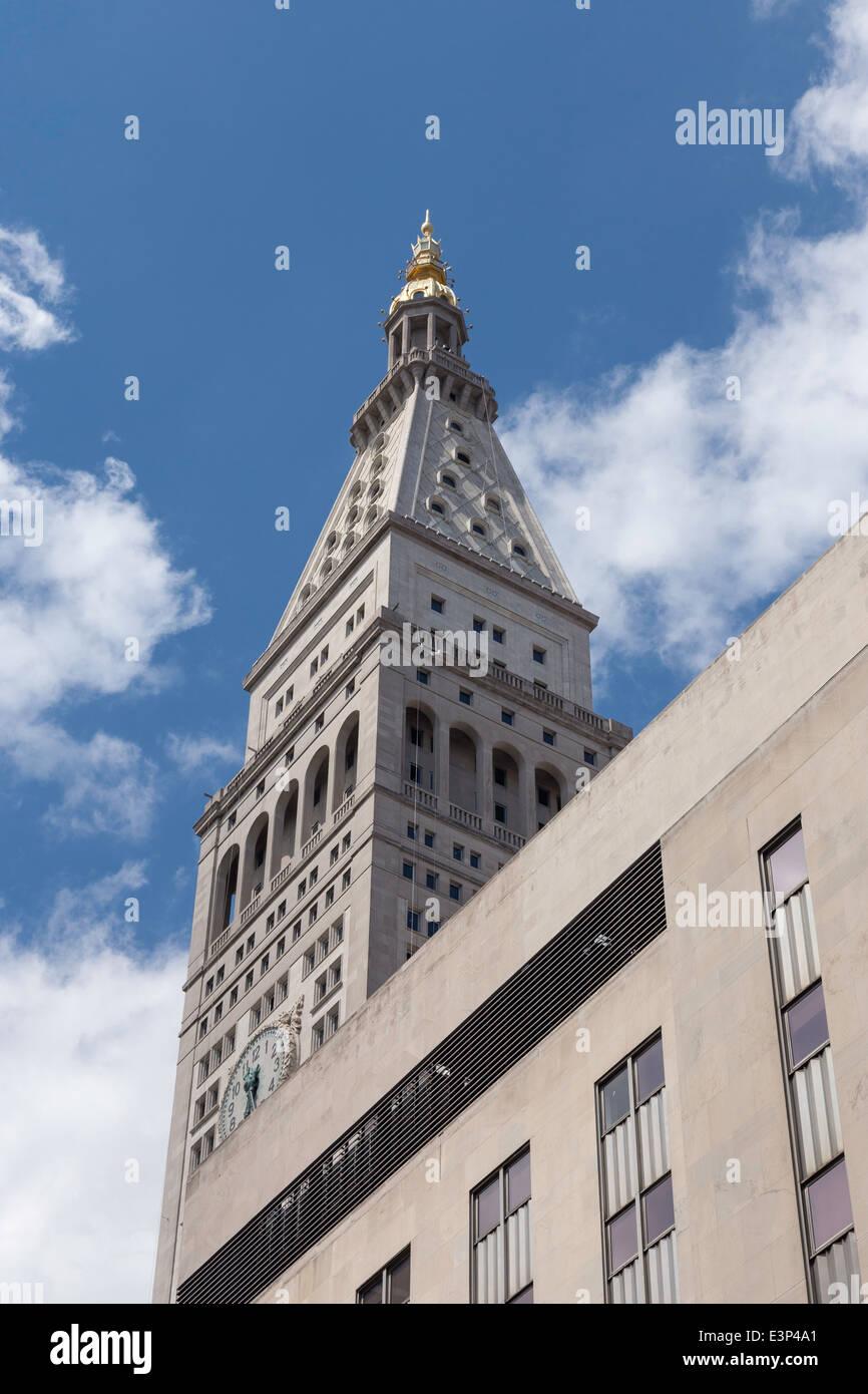Con Edison Building Tower, NYC, USA - Stock Image