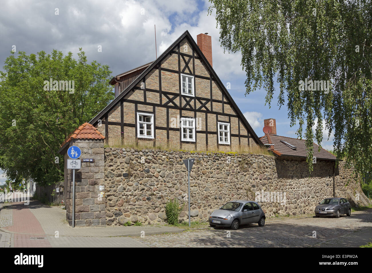 Templin Gate and part of town wall, Lychen, Uckermark, Brandenburg, Germany - Stock Image