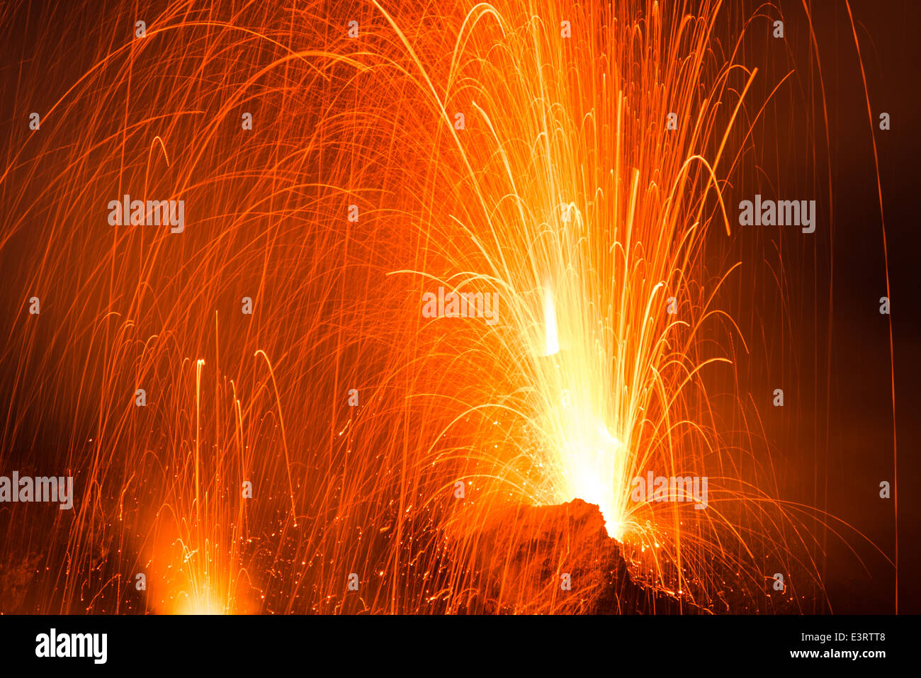 Volcanic eruption at Stromboli volcano, Eolian Islands: strombolian eruptions and lava fountains from the active - Stock Image