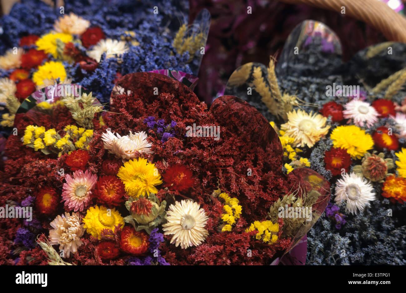 Dried flowers for sale at Les-Baux-de-Provence, France Stock Photo ...