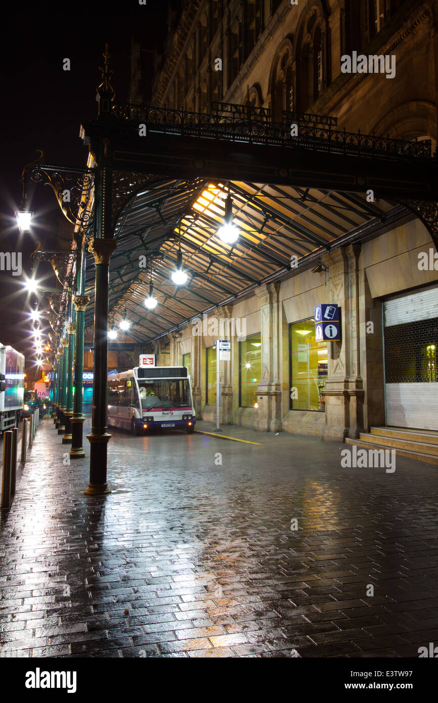 Glasgow Central Station at Night - Stock Image
