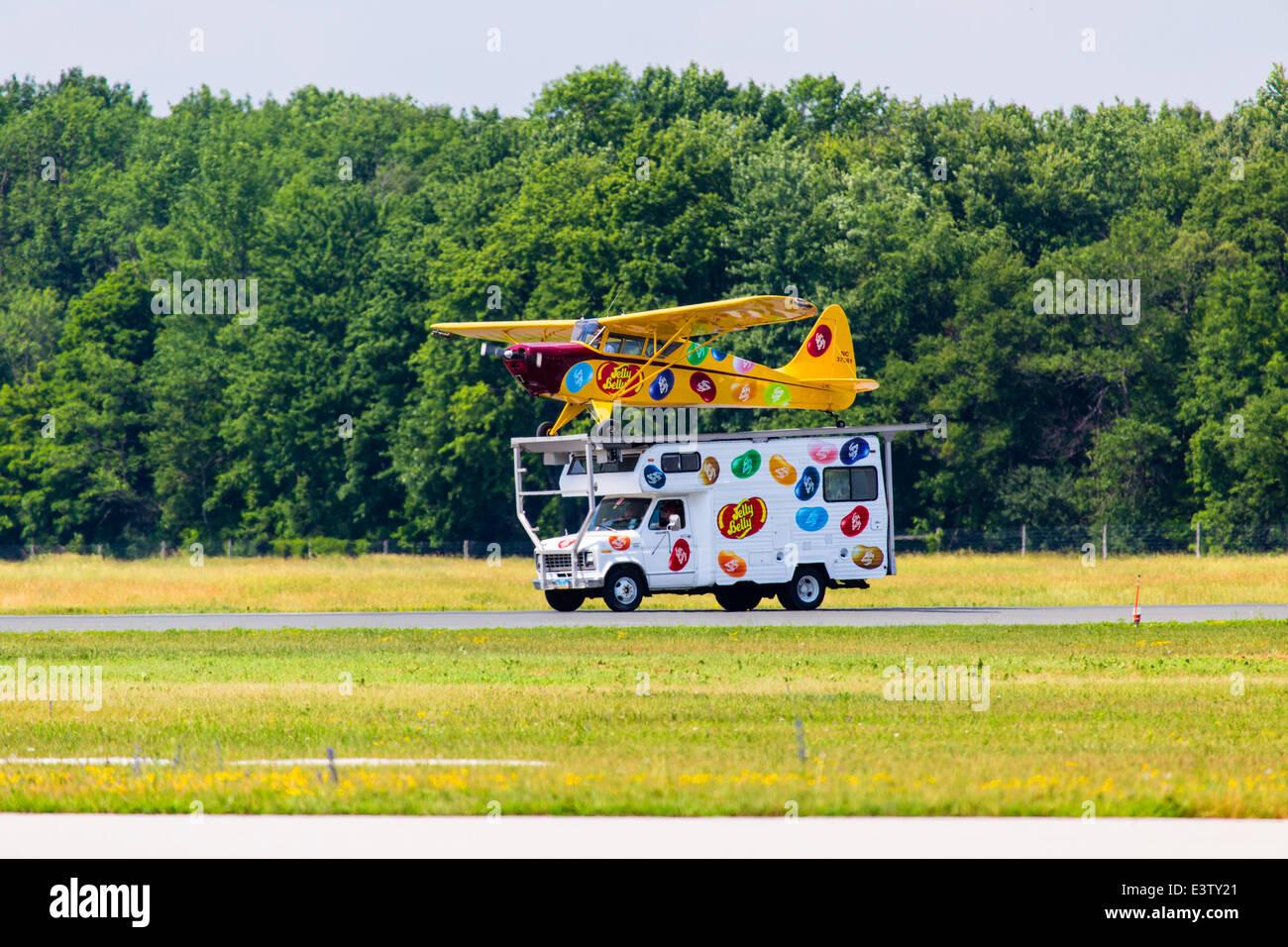 Waterloo, Ontario, Canada. 27th June, 2014. Kent Piersch landing his ...