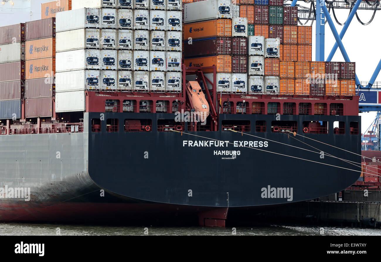 Hamburg, Germany  29th June, 2014  Container ship 'Frankfurt