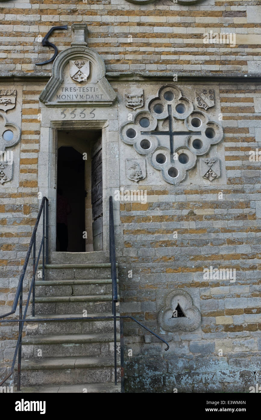 Stairs up to the entrance of Triangular Lodge - Stock Image
