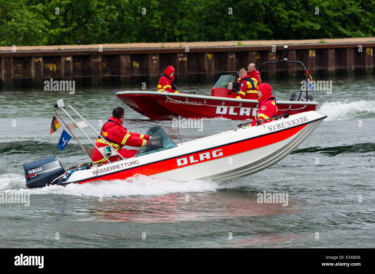 Two DLRG lifeboats drive on the German Rhein-Herne-Kanal. - Stock Image