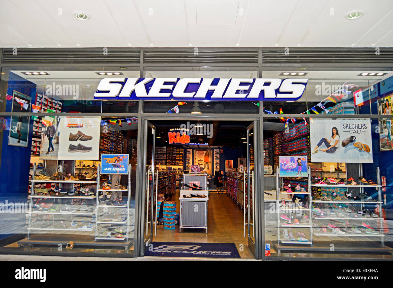 skechers uk outlet stores