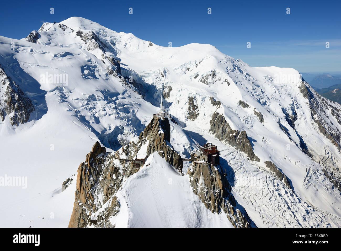AIGUILLE DU MIDI 3842m & MONT-BLANC 4810m (aerial view). Chamonix Mont-Blanc, Haute-Savoie, Rhône-Alpes, - Stock Image