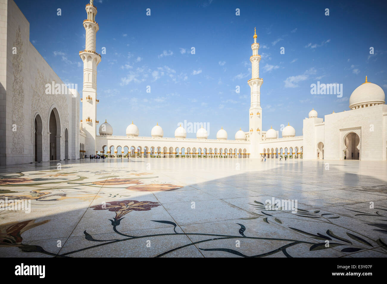 Ornate arches of Sheikh Zayed Grand Mosque, Abu Dhabi, United Arab Emirates Stock Photo
