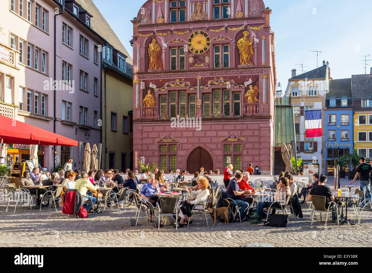 cafe terrace and old city hall place de la reunion square mulhouse stock photo 71280743 alamy. Black Bedroom Furniture Sets. Home Design Ideas