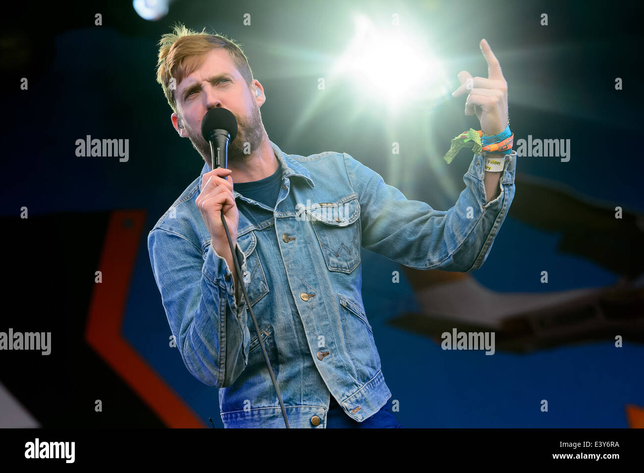 Ricky Wilson from the Kaiser Chiefs performs at Glastonbury music festival, England, Friday, June 27, 2014. - Stock Image