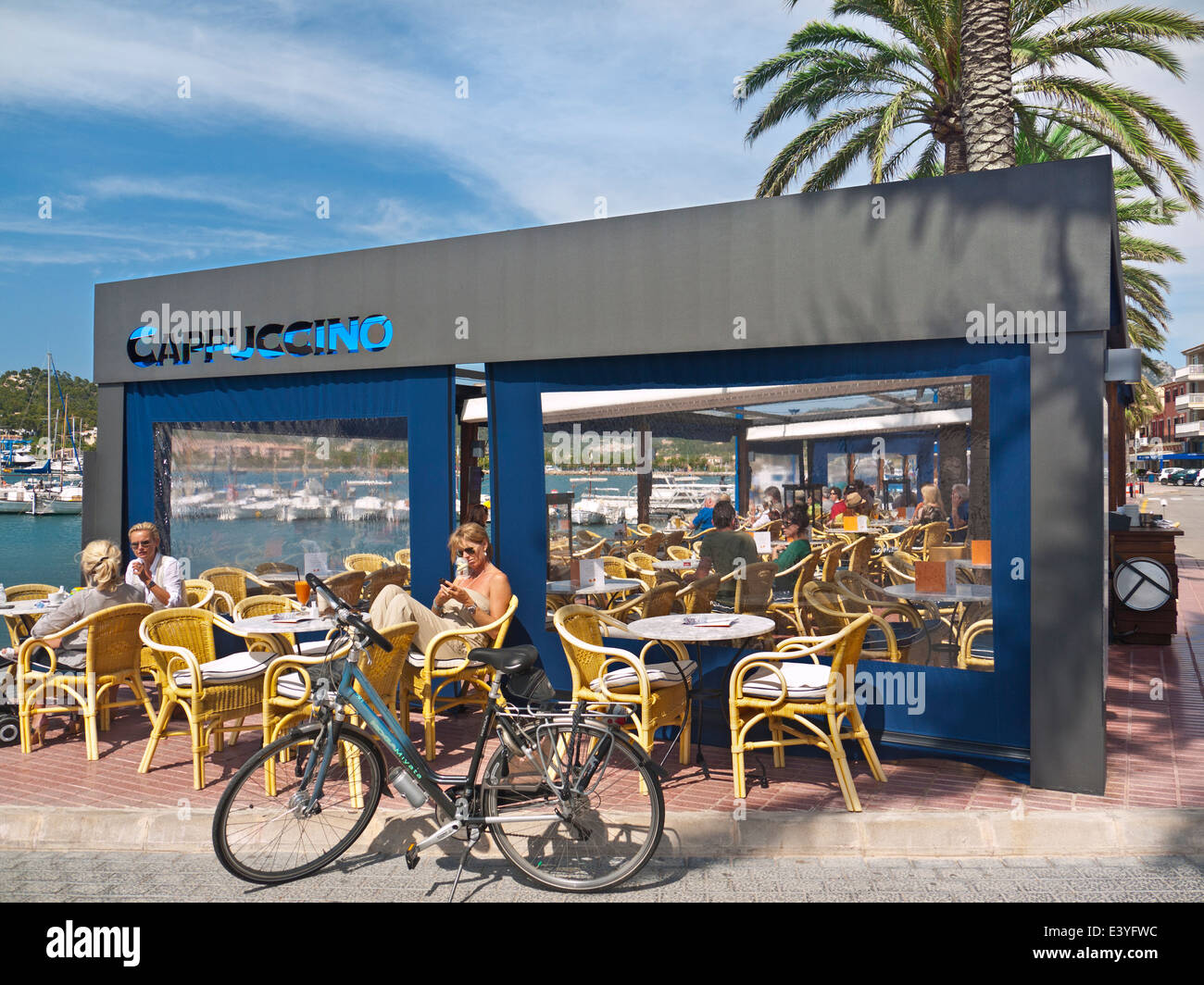 ANDRATX MALLORCA BAR Coast alfresco luxury Cappuccino Restaurant and bar in Puerto Andratx Mallorca Balearic Islands - Stock Image