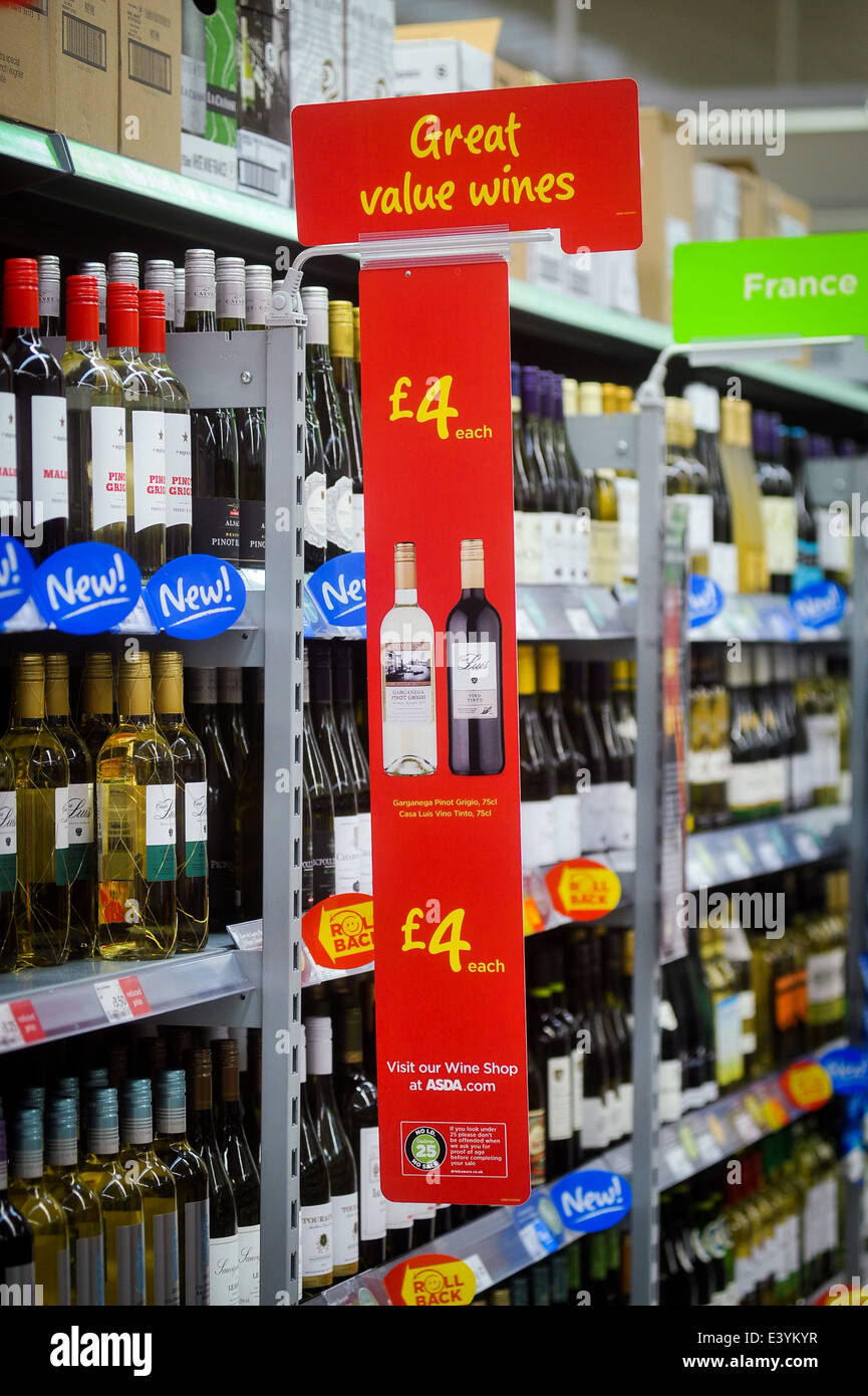 cheap wine for sale in a supermarket - Stock Image