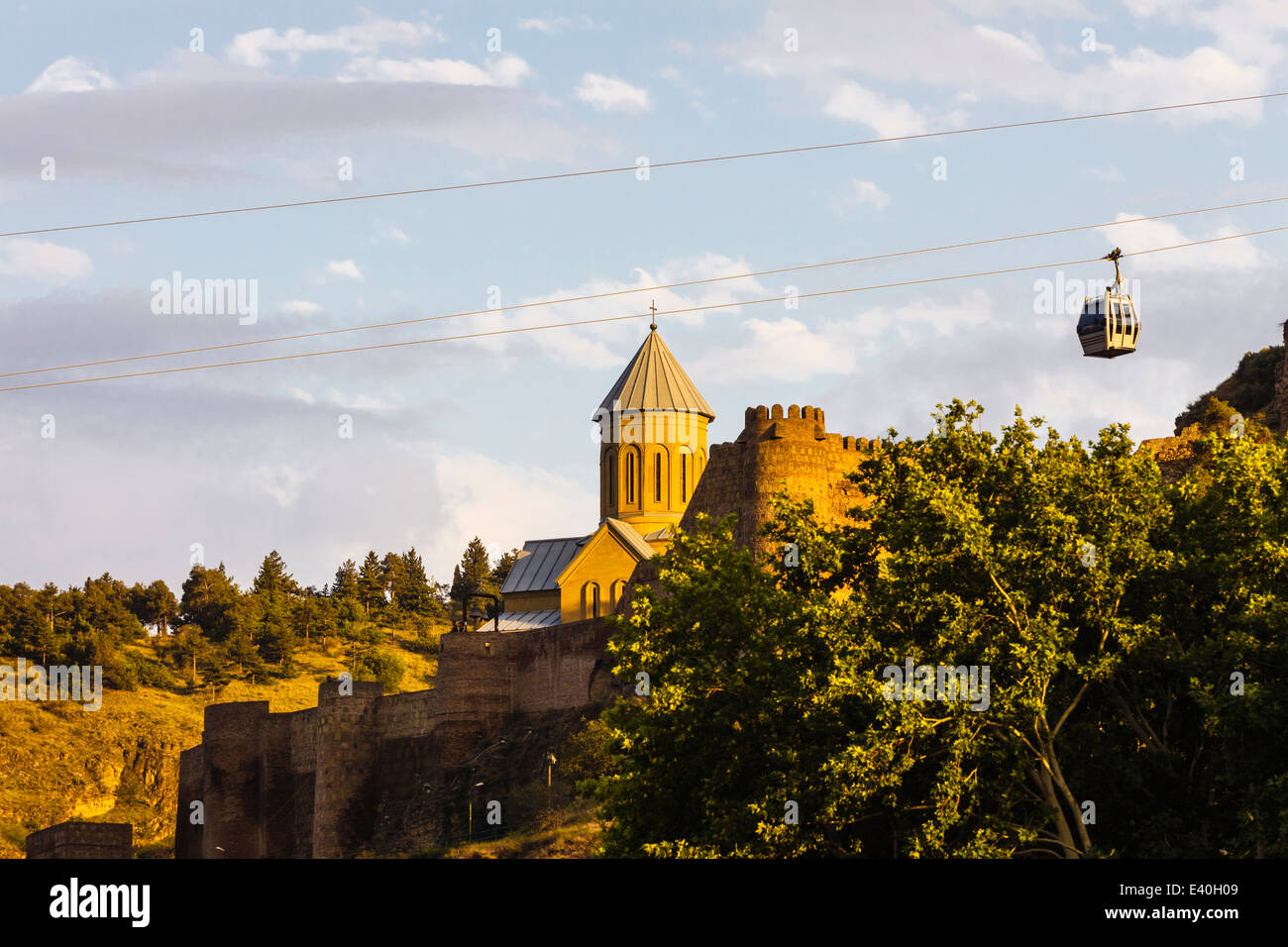 Cable-car over Nariqala Fortress and Church of St Nicholas, Tbilisi, Georgia Stock Photo