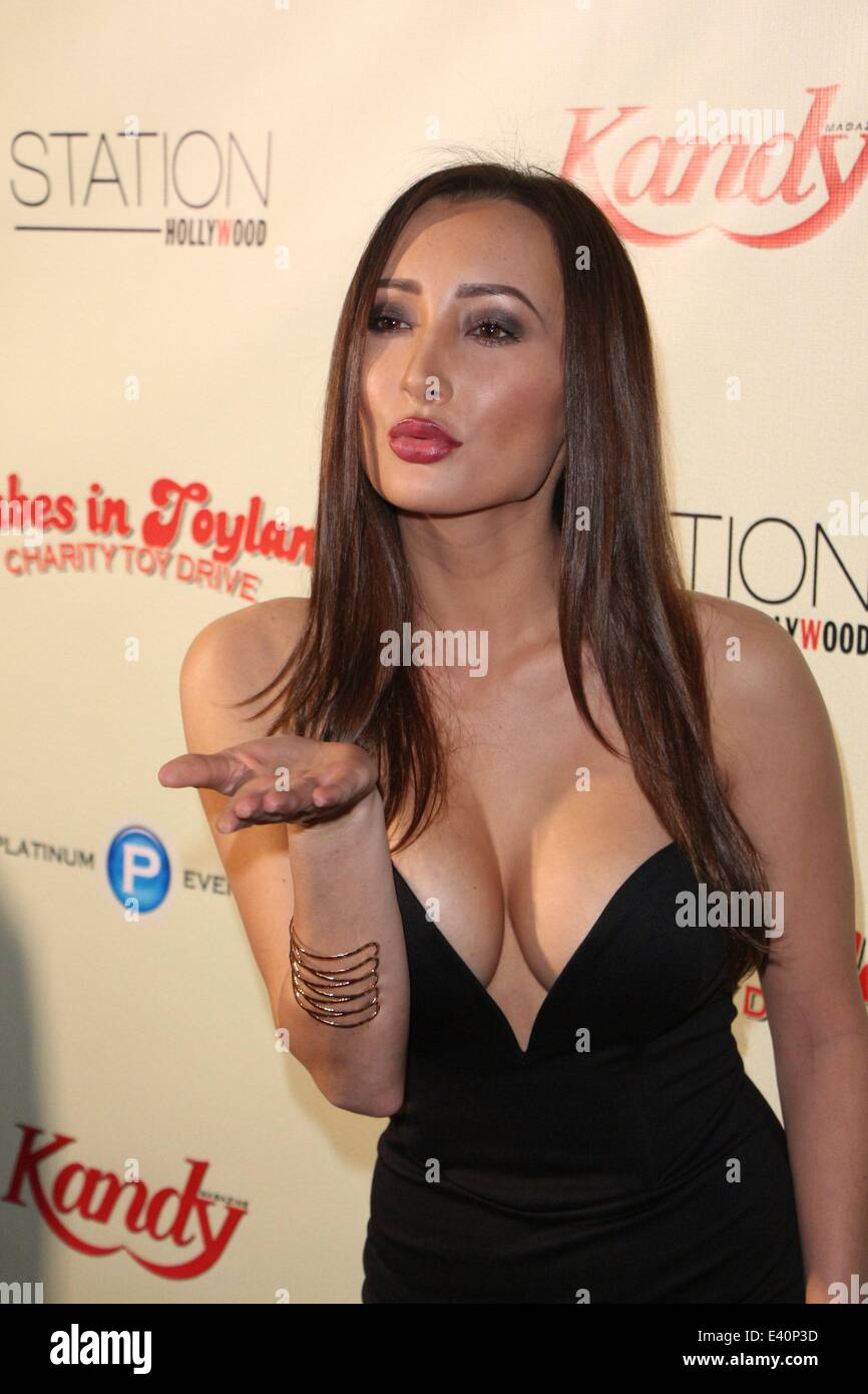 Hollywood babes pic 22