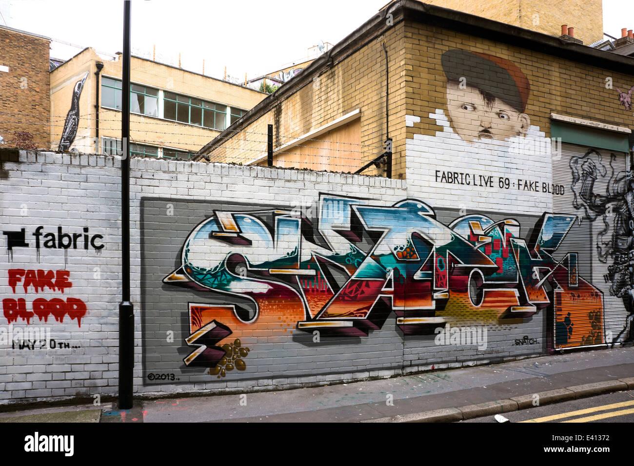 Graffiti roa london stock photos graffiti roa london for Tattoo shop hackney road