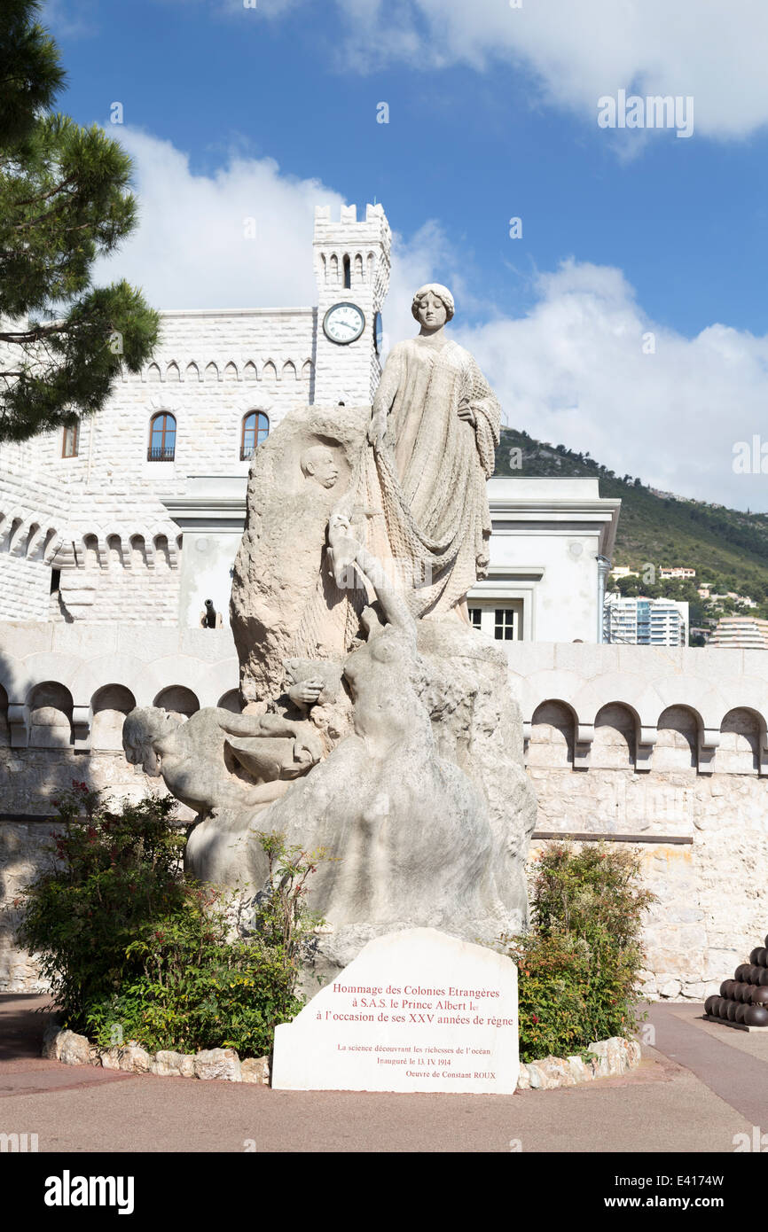 Monaco, Palace, and the statue honouring Prince Albert. - Stock Image