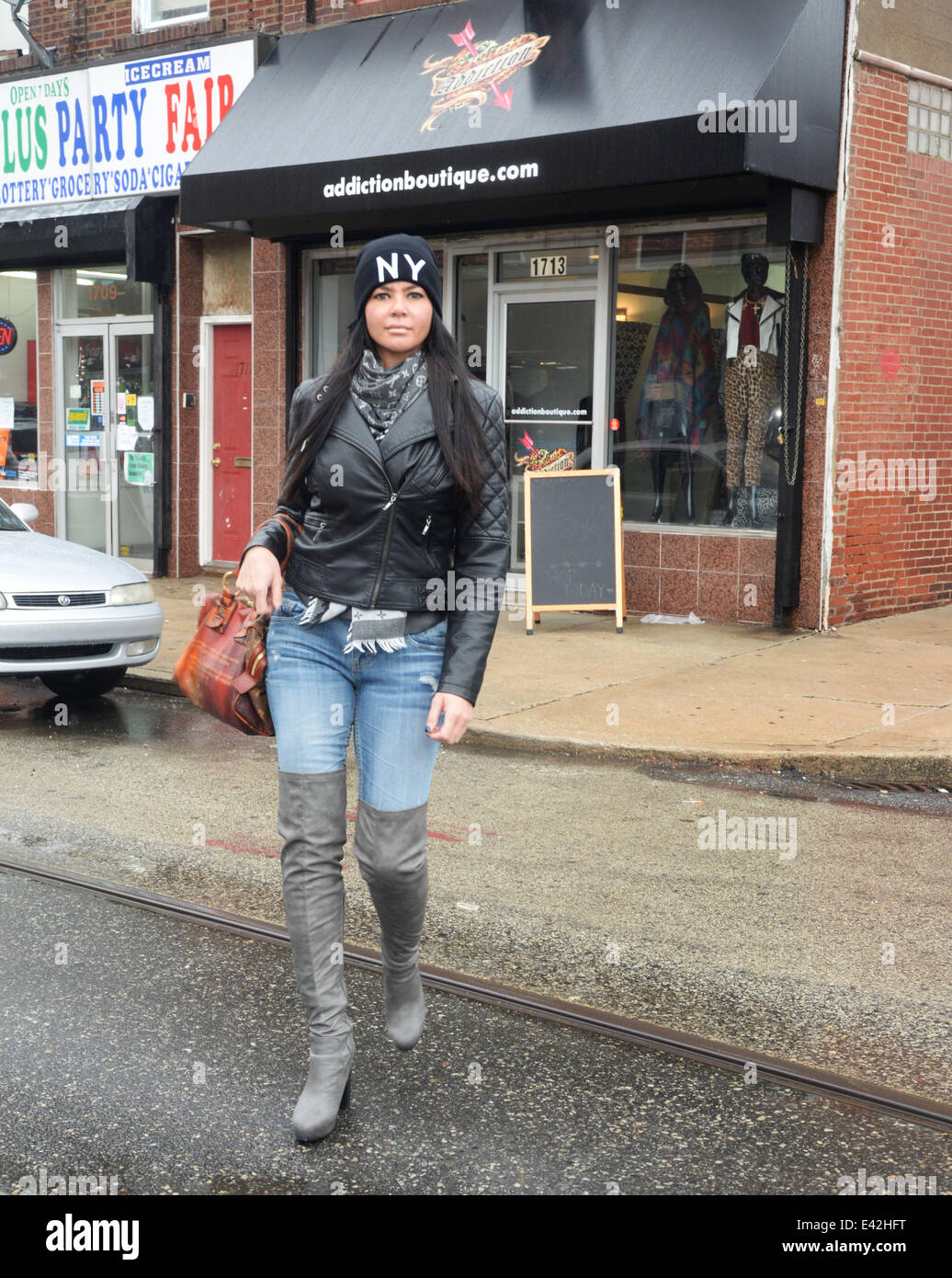 Alicia from mob wives clothing store