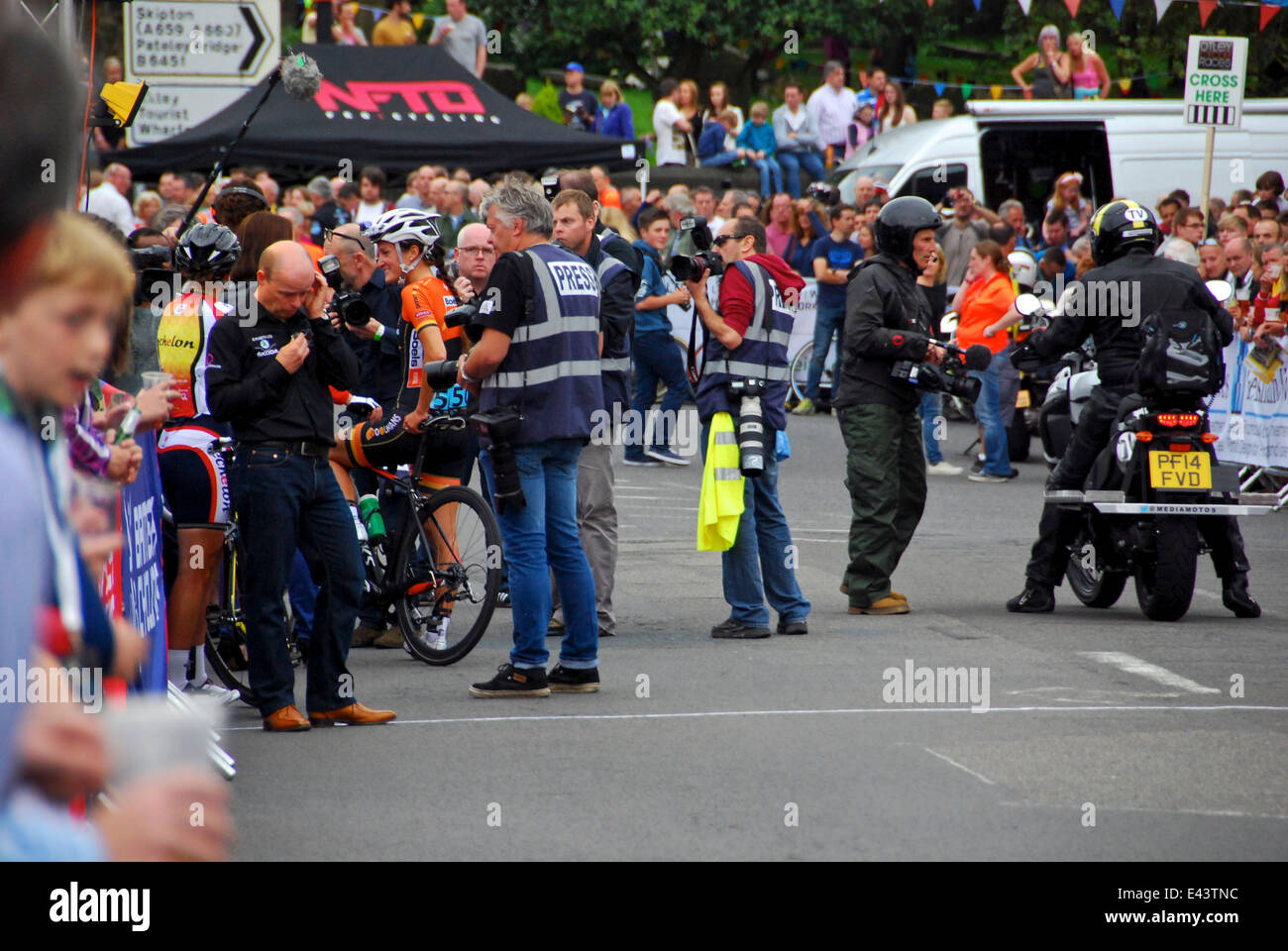 Lizzie Armitstead interviewed after win at Otley Races 2014 - Stock Image
