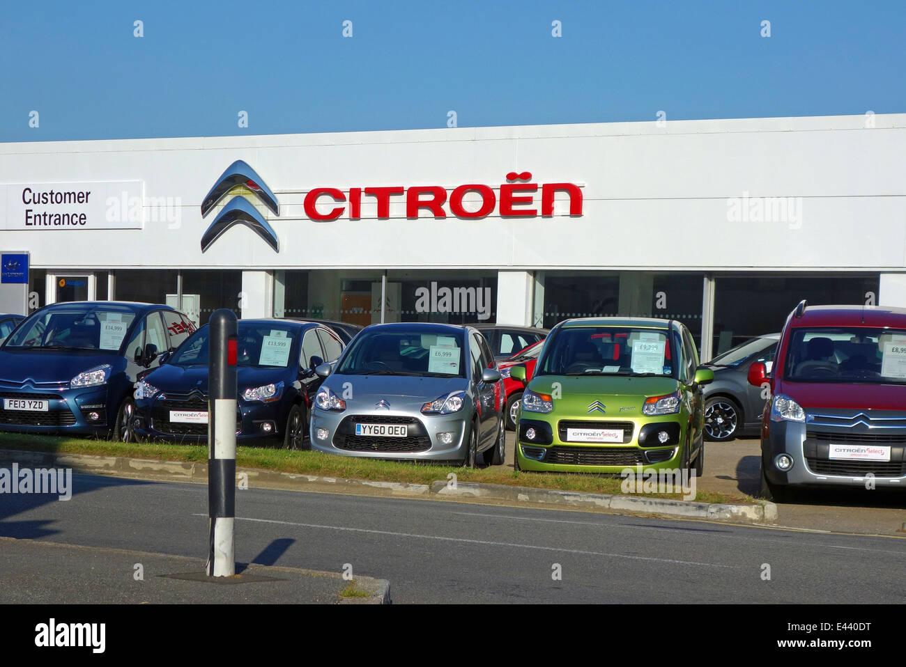 Garage Citroen Stock Photos Garage Citroen Stock Images Alamy