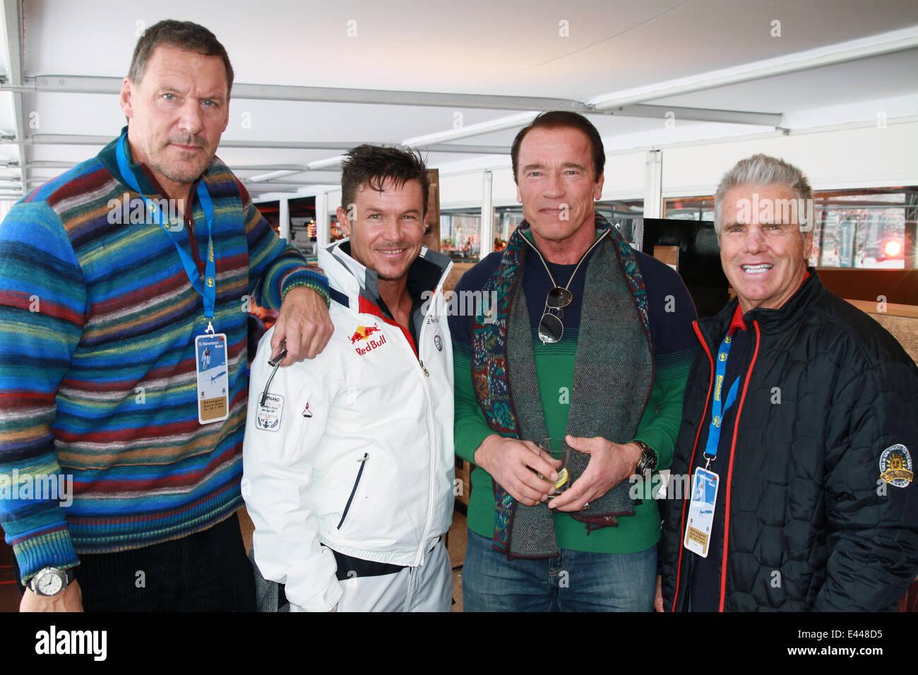 Pääosissa: Arnold Schwarzenegger, Nick Stahl, Kristanna Loken.