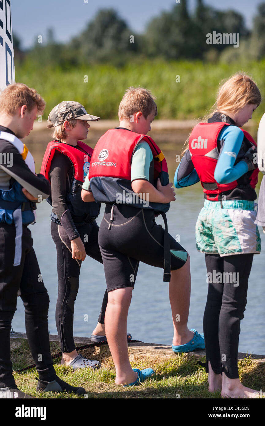 Youngsters learning to sail at Beccles Amateur Sailing Club on the river Waveney at Beccles , Suffolk , England - Stock Image