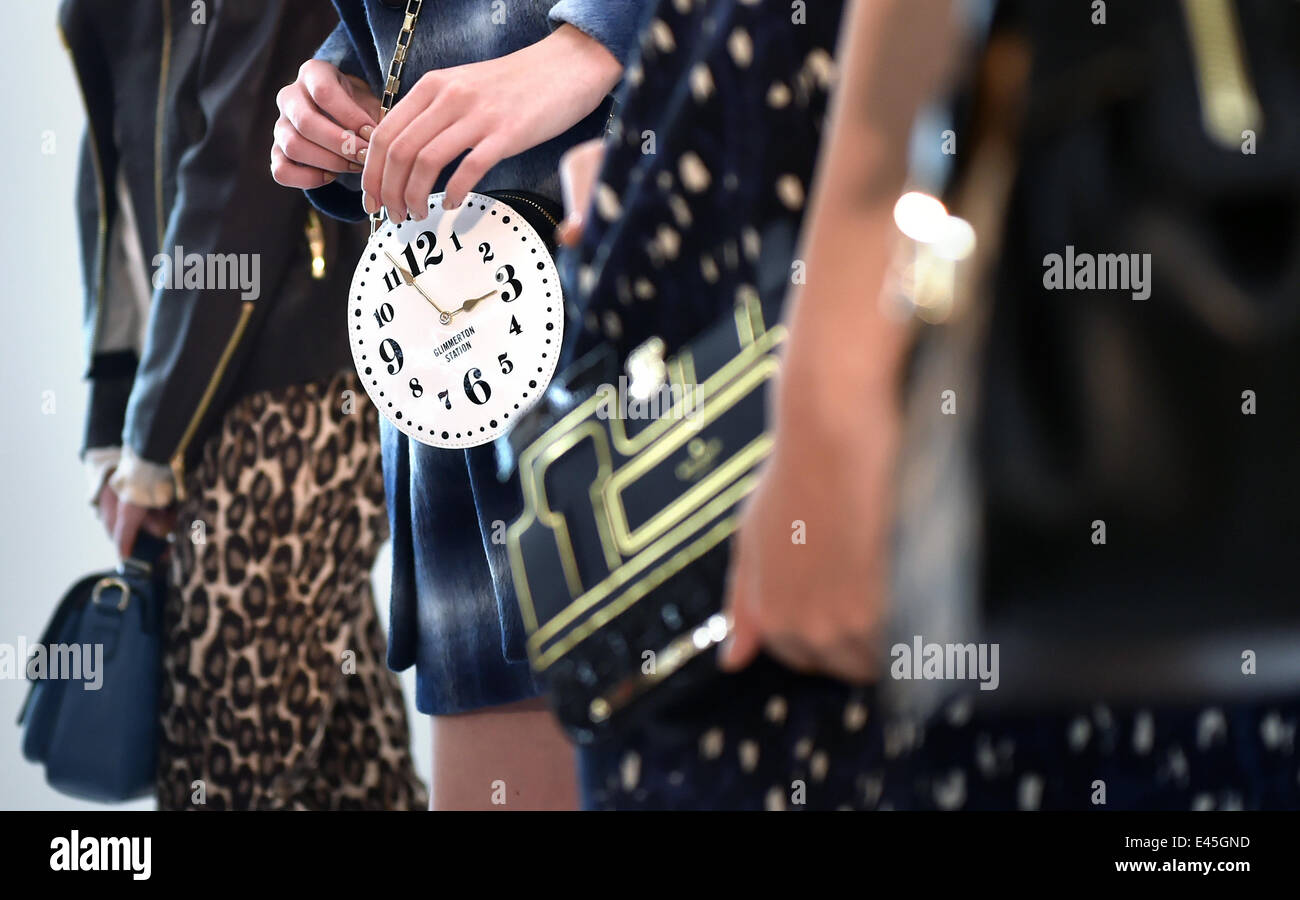 deb797cf7cef Kate Spade Stock Photos   Kate Spade Stock Images - Page 2 - Alamy