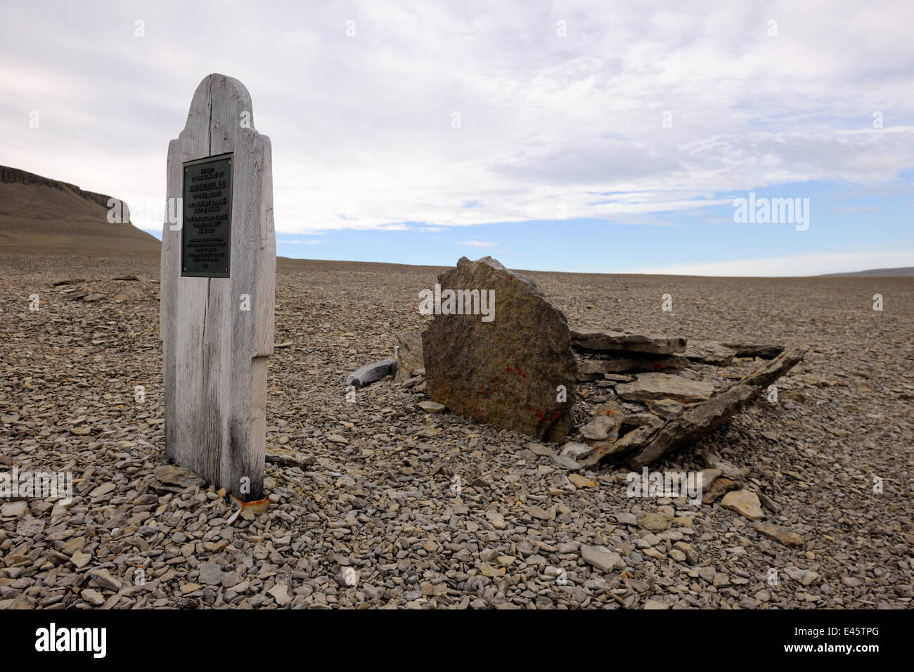 Graves of Sir John Franklin's sailors dated 1846 on Beechey Island close to Devon Island. St John Franklin left - Stock Image