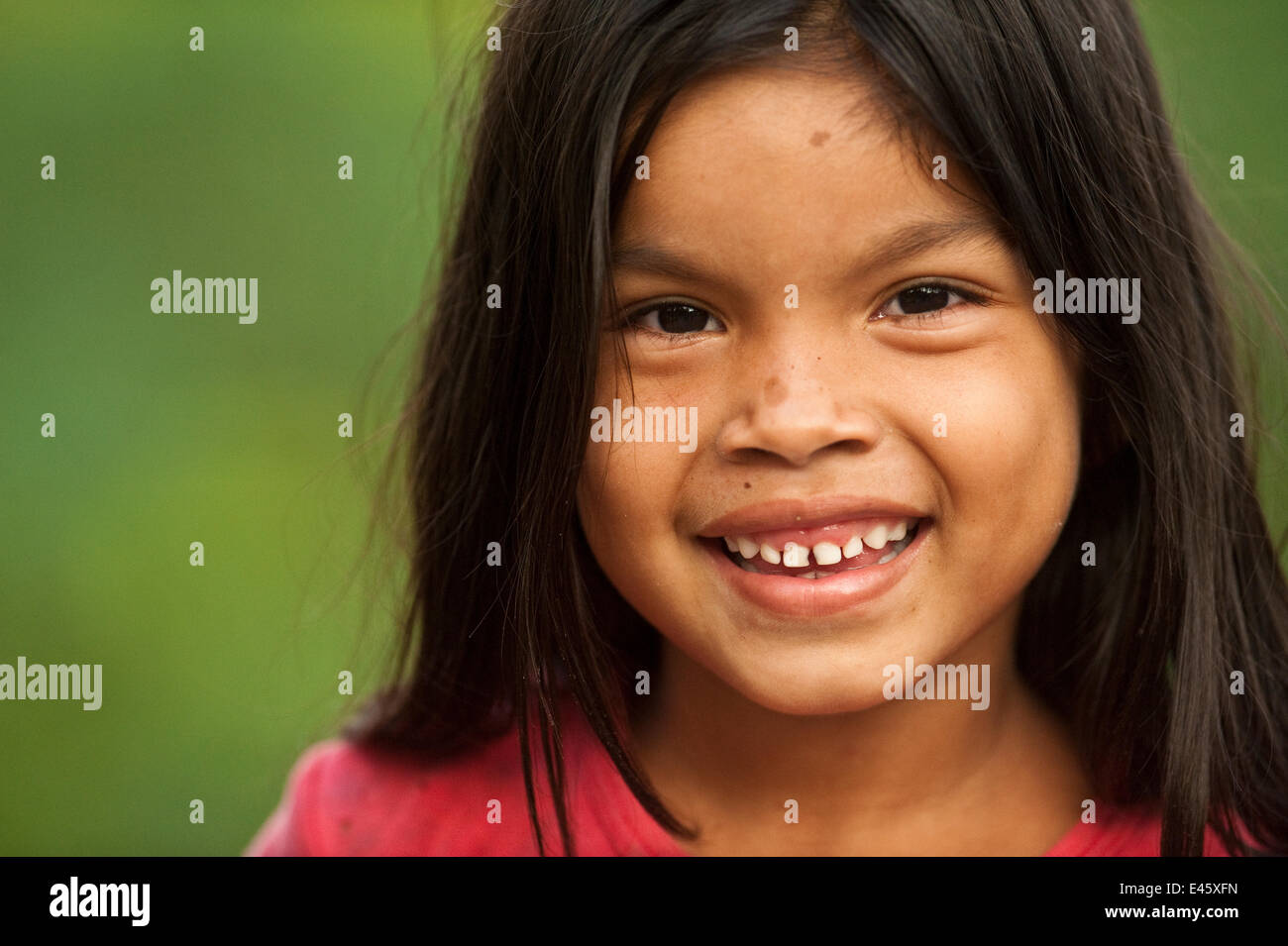 Macushi girl from Fairview Amerindian village, Iwokrama Reserve, Guyana, July 2009 - Stock Image