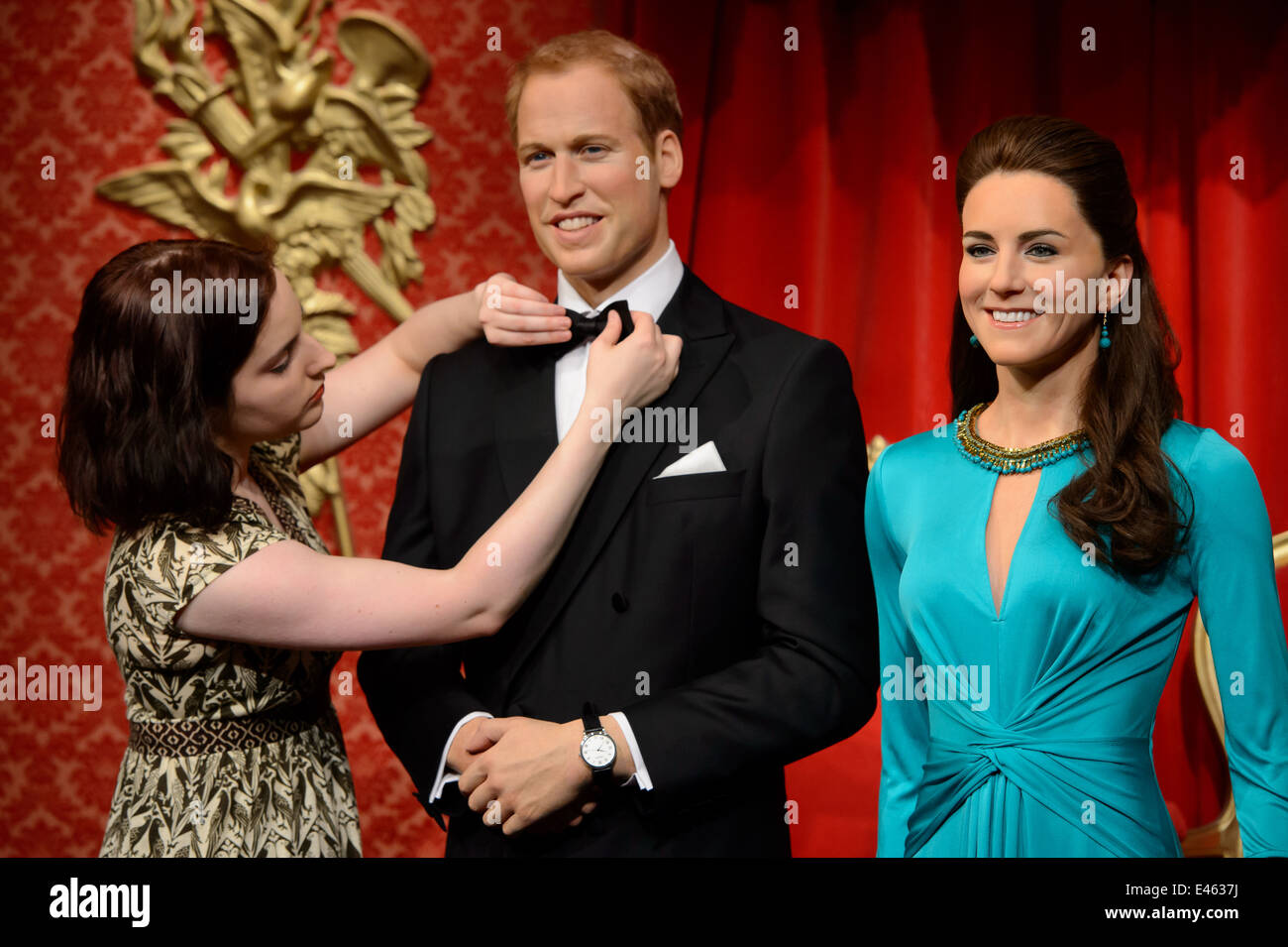 The wax figures of William, Duke of Cambridge and Kate, Duchess of Cambridge are unveild at Madame Tussauds London. - Stock Image
