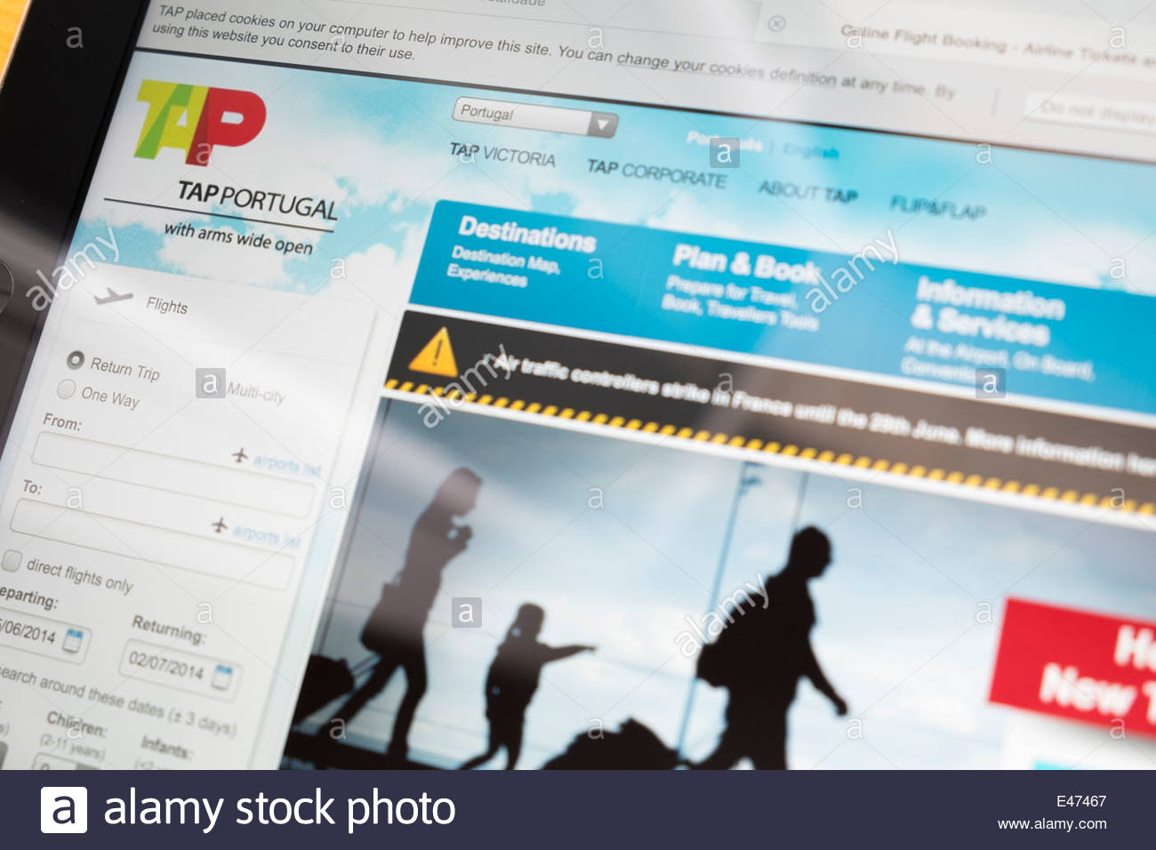 TAP Portugal website shown on Ipad screen - Stock Image