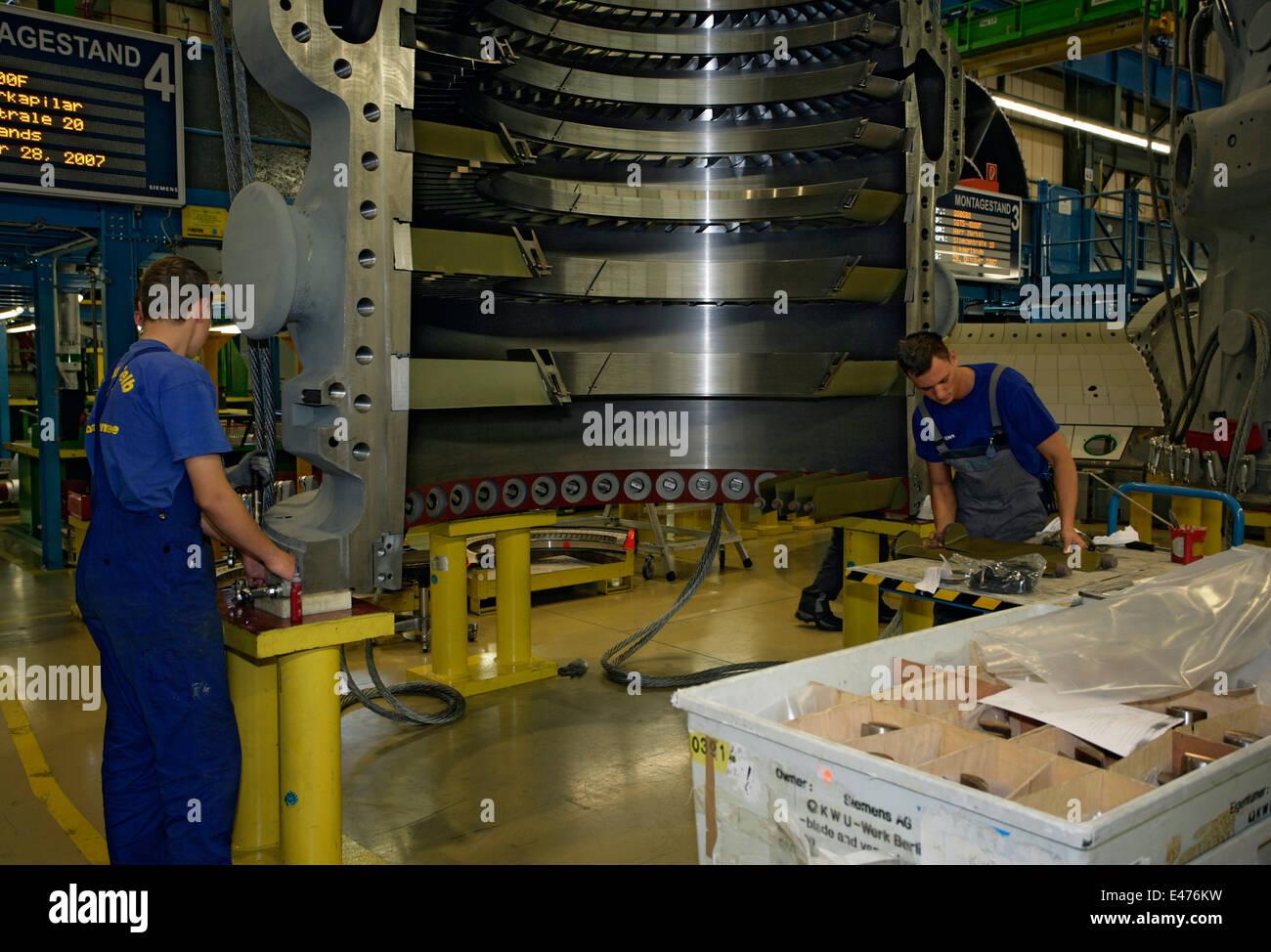 Siemens gas turbine plant in Berlin Stock Photo: 71459021