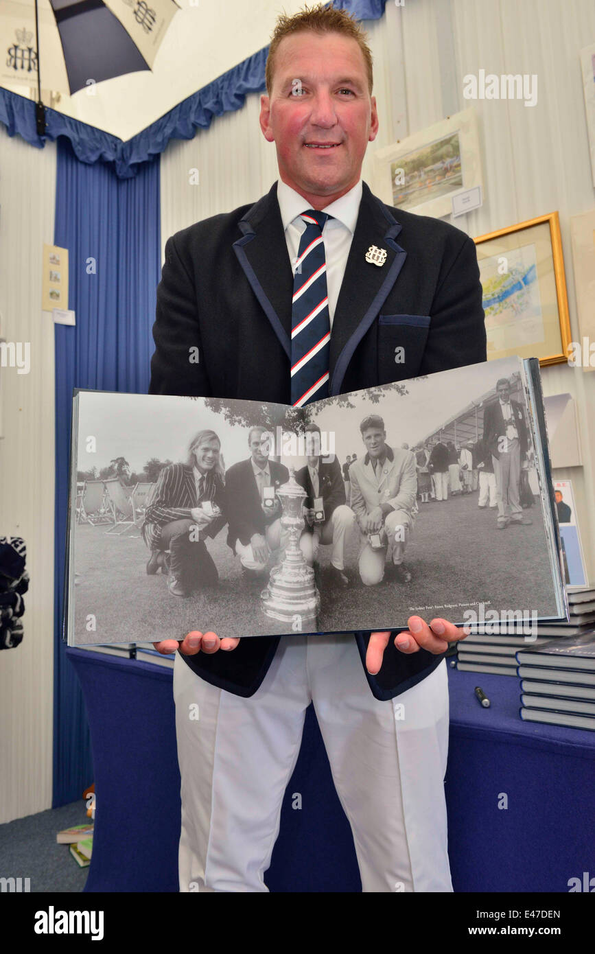 Henley, UK. 04th July, 2014. Sir Matthew Pinsent, CBE  displays a stunning book of photographs to celebrate the - Stock Image