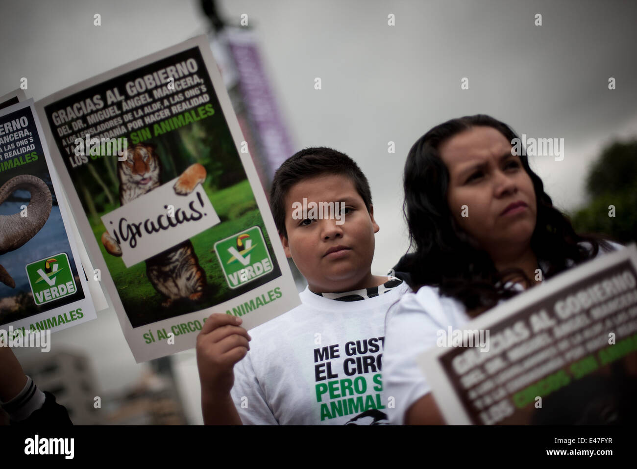 Mexico City, Mexico. 4th July, 2014. A boy takes part in a protest against the mistreatment of animals in circuses - Stock Image