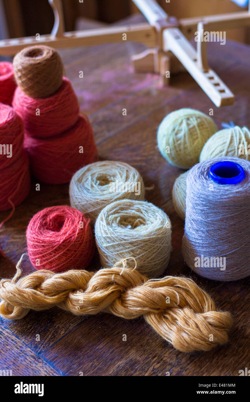 Local wool - lambswool - yarn from Scottish Highlands sheep at Croft Wools and Weavers, Applecross in the Highlands - Stock Image