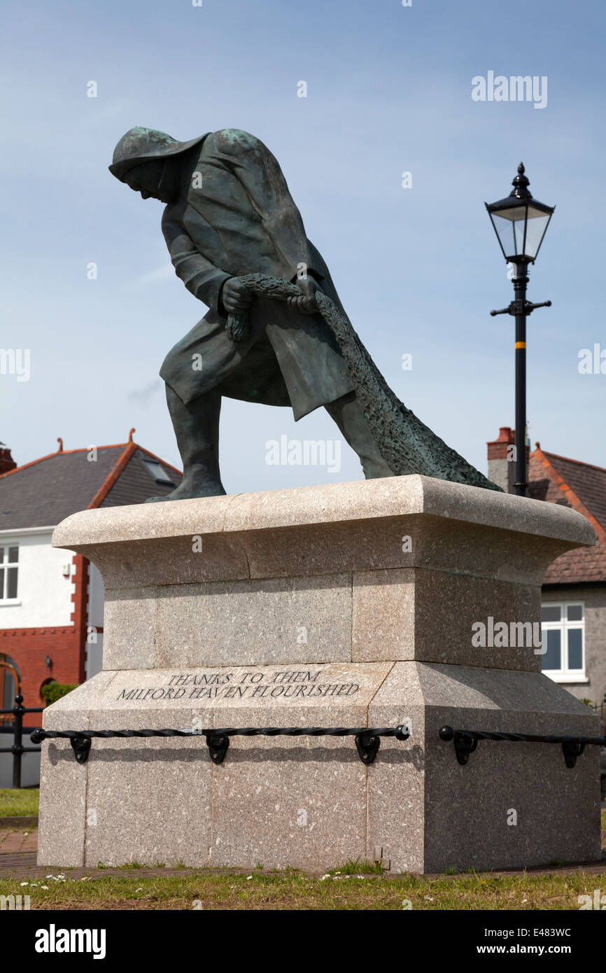 Memorial tribute to the fishing industry on The Rath, Milford Haven, Pembrokeshire - Stock Image