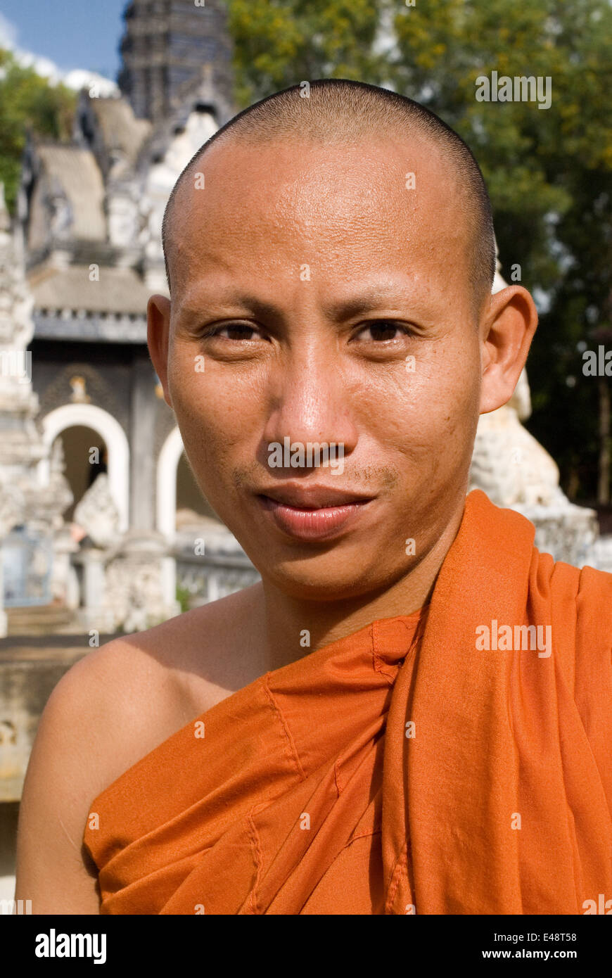 Buddhist Monk at Wat Kandal Battambang. Despite being the second largest city in Cambodia, with a population of - Stock Image