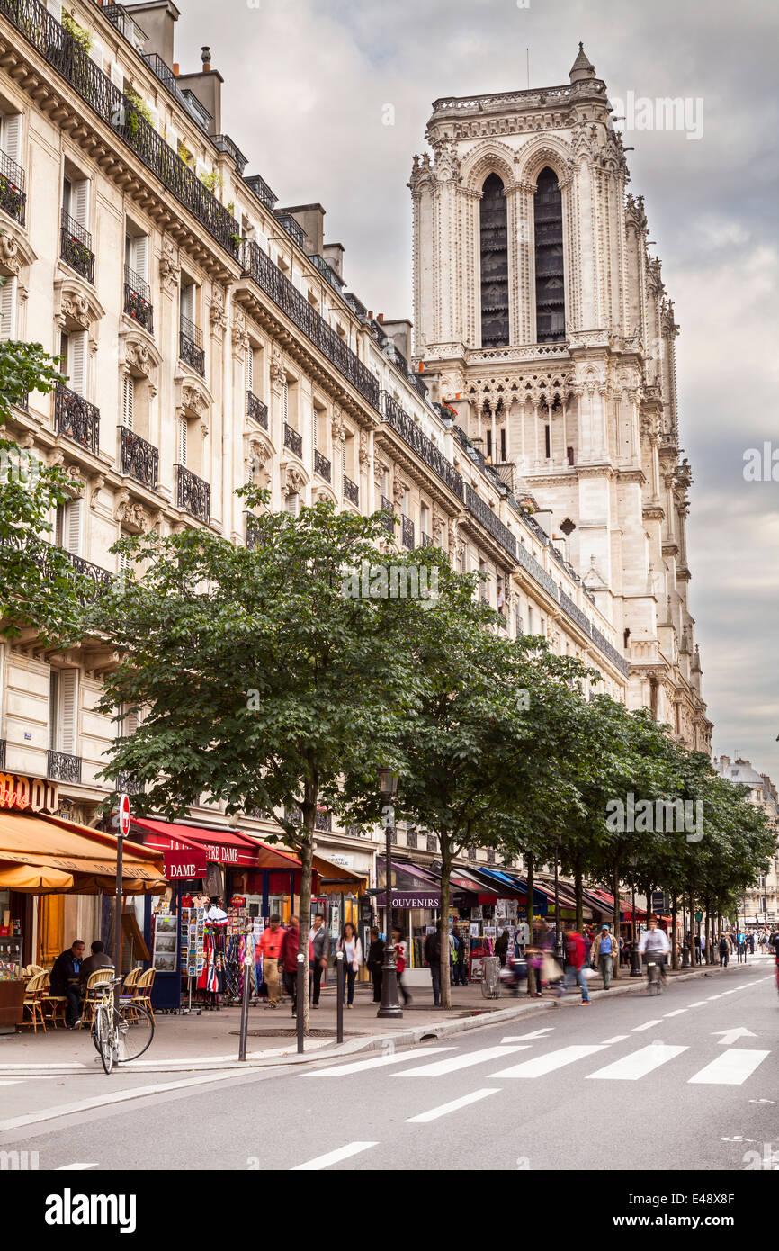Notre Dame de Paris cathedral and the Ile de la Cite, Paris, France. - Stock Image