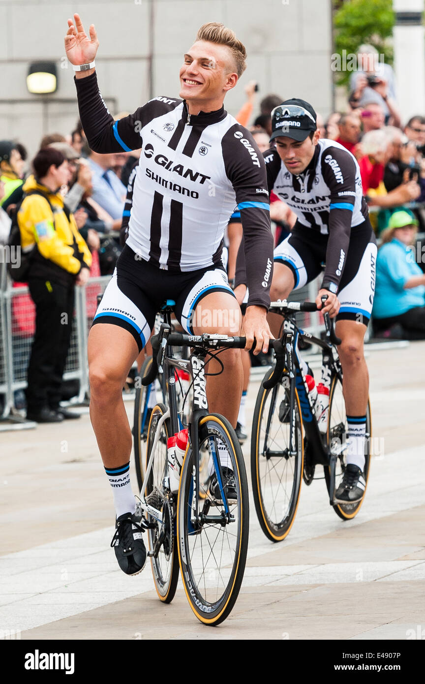 Marcel Kittel riding through Millennium Square in Leeds as the Shimano riders make their way to the opening ceremony. - Stock Image